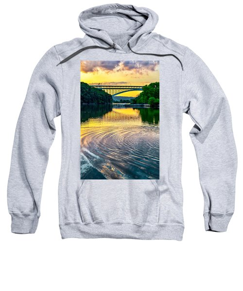 Ripple Sweatshirt