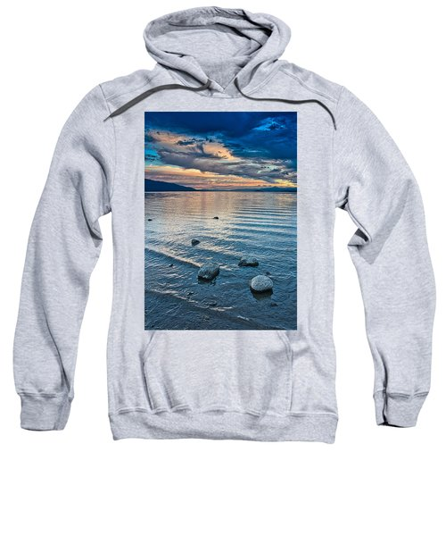 Rocky Lake Vista Sweatshirt