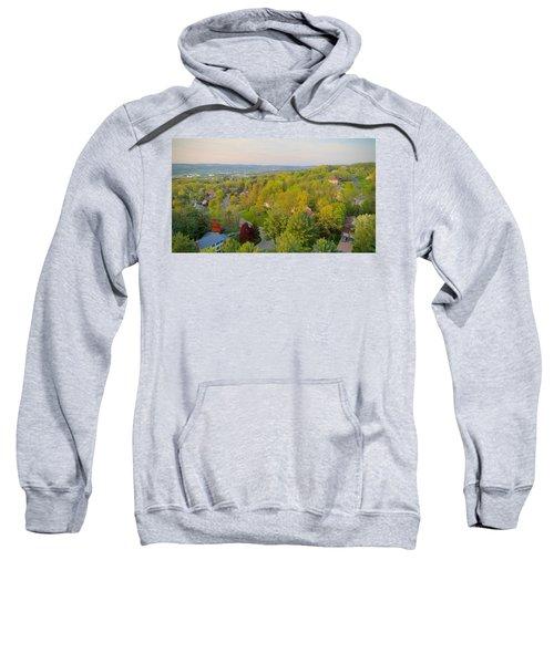 S P R I N G Sweatshirt