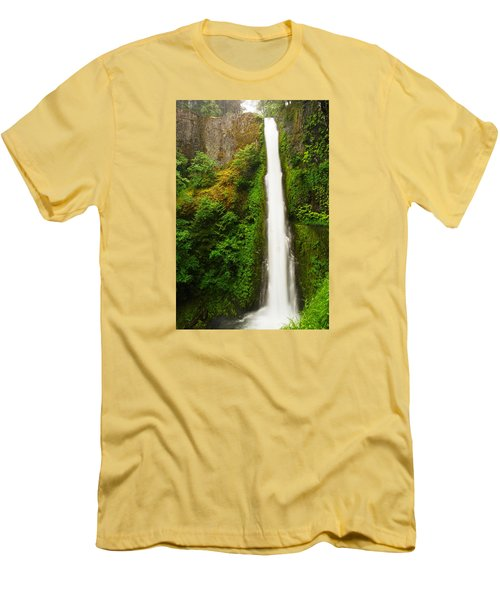 Tunnel Falls  Men's T-Shirt (Athletic Fit)