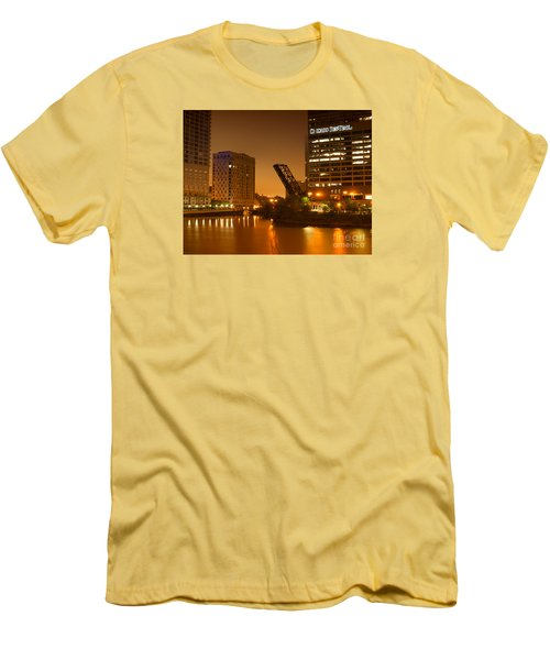 Chicago Men's T-Shirt (Slim Fit) by Miguel Winterpacht
