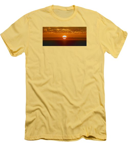 Aldinga Beach Sunset Men's T-Shirt (Athletic Fit)