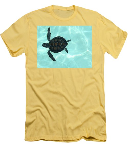 Baby Sea Turtle Men's T-Shirt (Athletic Fit)
