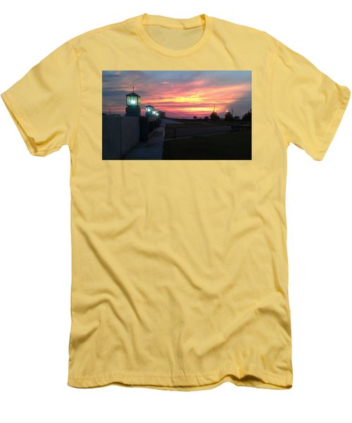 Closed Flood Gates Sunset Men's T-Shirt (Athletic Fit)
