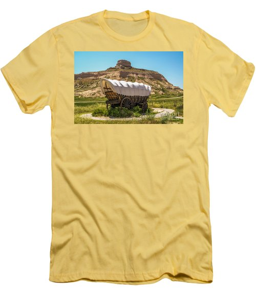 Men's T-Shirt (Athletic Fit) featuring the photograph Covered Wagon At Scotts Bluff National Monument by Sue Smith