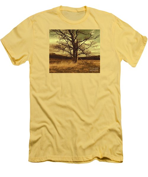 Dormant Beauty Men's T-Shirt (Athletic Fit)