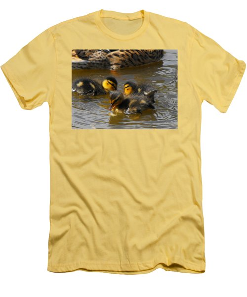 Duckling Splash Men's T-Shirt (Athletic Fit)