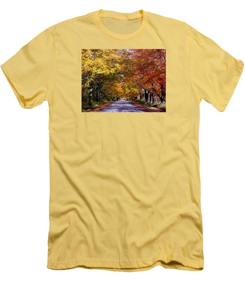 Fall Colors Near Sister Bay Men's T-Shirt (Athletic Fit)