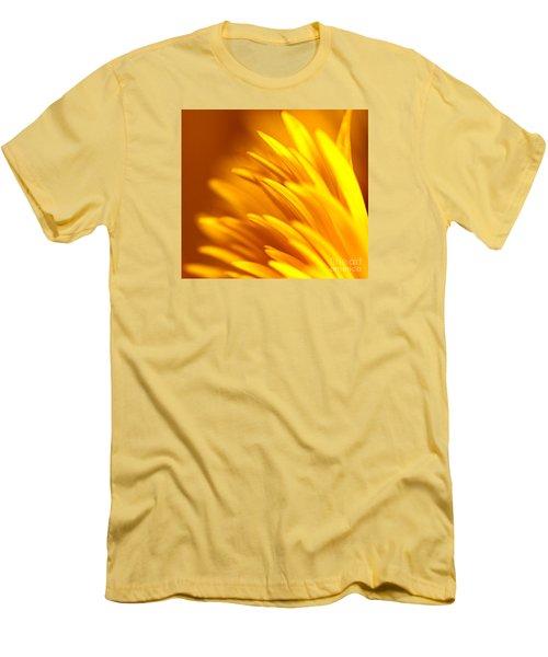 Golden Dahlia Men's T-Shirt (Athletic Fit)