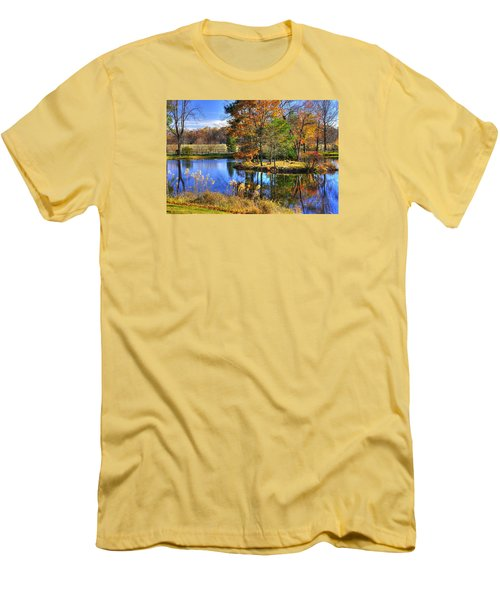 Maryland Country Roads - Autumn Respite No. 1 - Stronghold Sugarloaf Mountain Frederick County Md Men's T-Shirt (Slim Fit) by Michael Mazaika