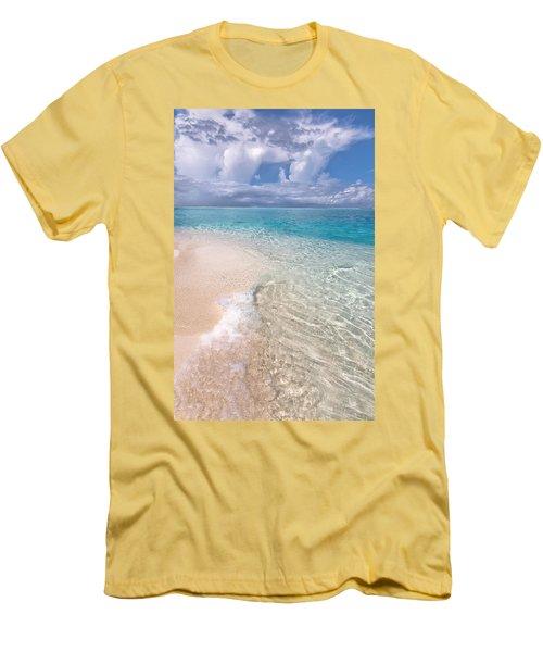 Natural Wonder. Maldives Men's T-Shirt (Athletic Fit)