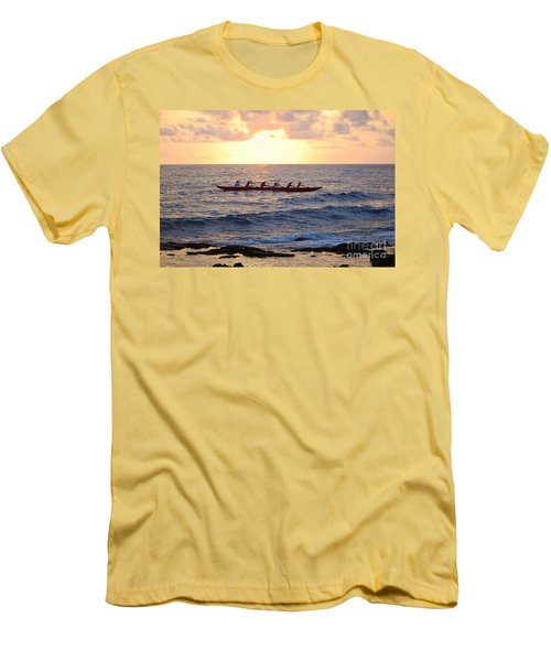 Outrigger Canoe At Sunset In Kailua Kona Men's T-Shirt (Athletic Fit)