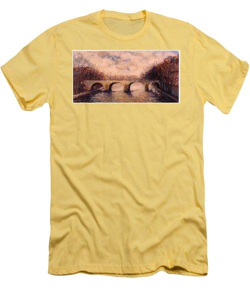 Pont Sur La Seine Men's T-Shirt (Athletic Fit)