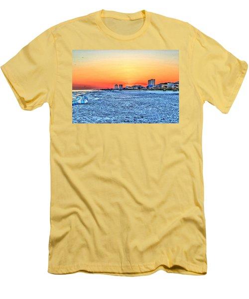 Sandy Sunset Men's T-Shirt (Athletic Fit)