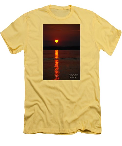Seabrook Sunset Men's T-Shirt (Athletic Fit)