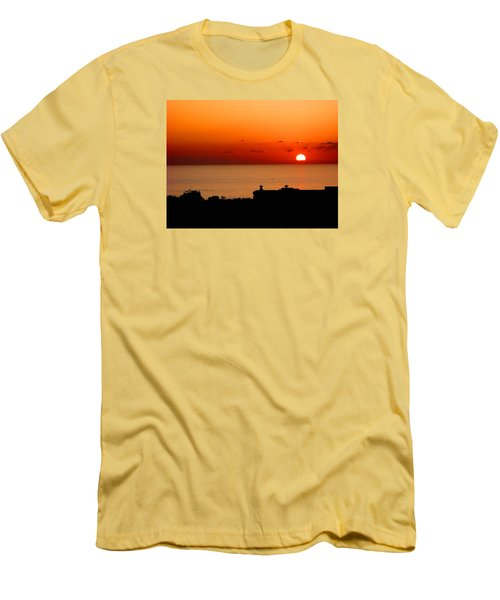 Set Into The Sea Men's T-Shirt (Athletic Fit)