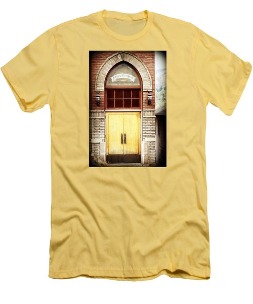 Street View Men's T-Shirt (Slim Fit) by Melanie Lankford Photography