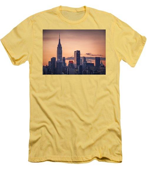 Manhattan Sunrise Men's T-Shirt (Athletic Fit)