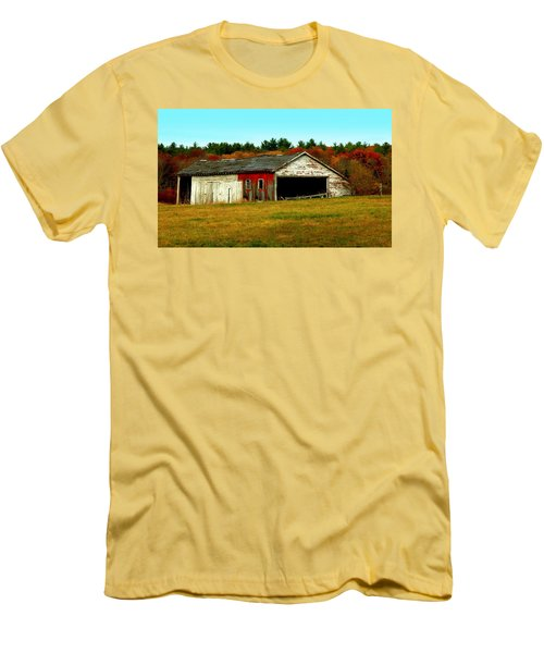 The Old Barn Men's T-Shirt (Slim Fit) by Bruce Carpenter
