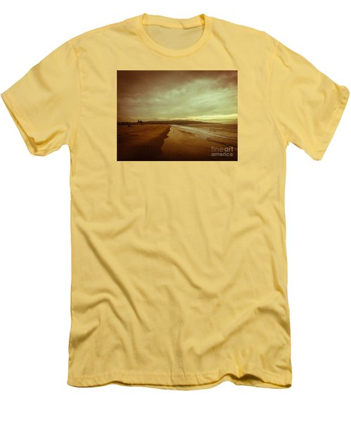 The Winter Pacific Men's T-Shirt (Slim Fit) by Fei A