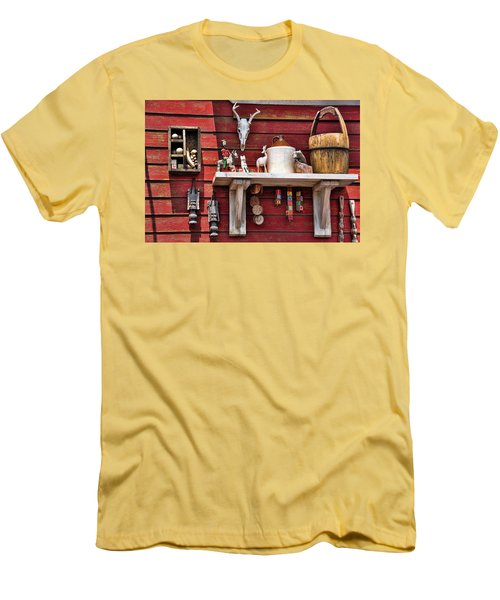 Collection On The Barn Men's T-Shirt (Athletic Fit)