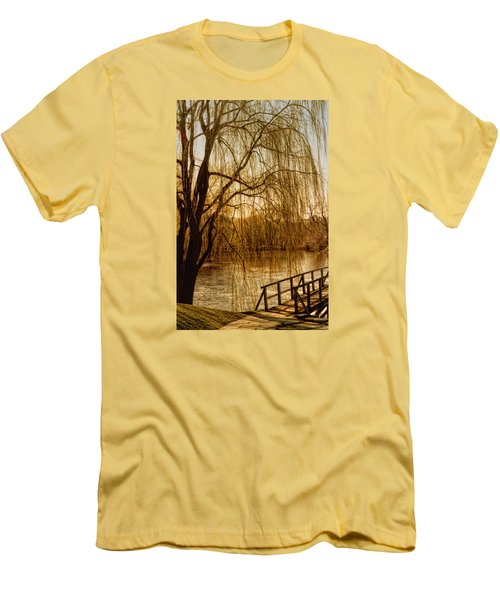 Weeping Willow And Bridge Men's T-Shirt (Slim Fit) by Barbara Middleton