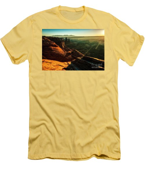 Canyon Sunbeams Men's T-Shirt (Athletic Fit)
