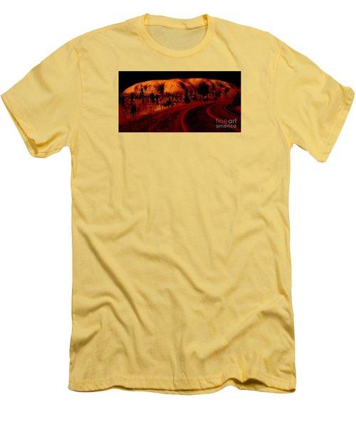 Uluru Sunrise Men's T-Shirt (Athletic Fit)
