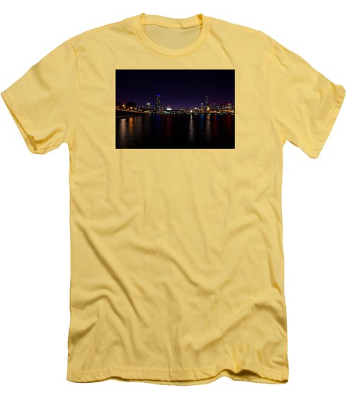 Chicago-skyline 2 Men's T-Shirt (Athletic Fit)
