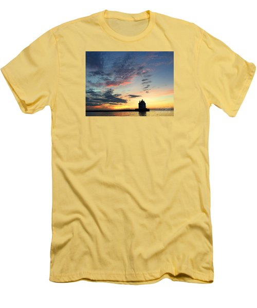 Lorain Lighthouse Men's T-Shirt (Athletic Fit)