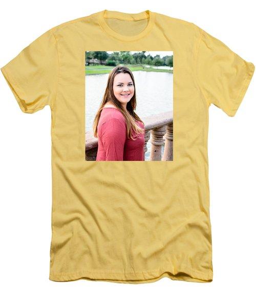 5611 Men's T-Shirt (Athletic Fit)