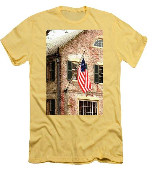 American Flag In Colonial Williamsburg Men's T-Shirt (Slim Fit) by Emanuel Tanjala