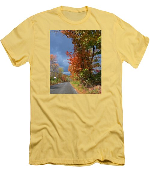 Men's T-Shirt (Slim Fit) featuring the photograph Backroad Country In Pennsylvania by Jeanette Oberholtzer