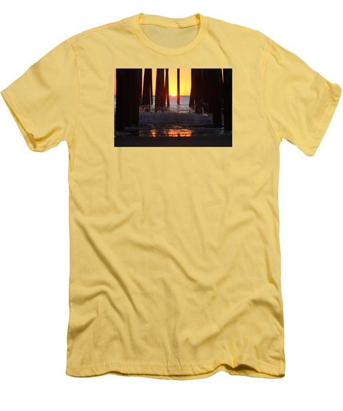 Breaking Dawn At The Pier Men's T-Shirt (Slim Fit)