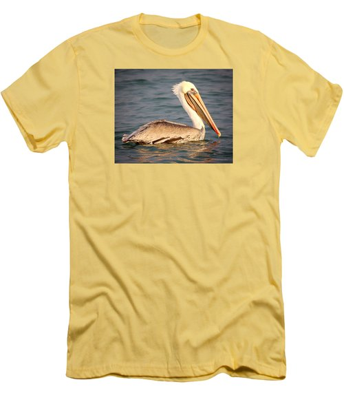 Brown Pelican Floating Men's T-Shirt (Athletic Fit)