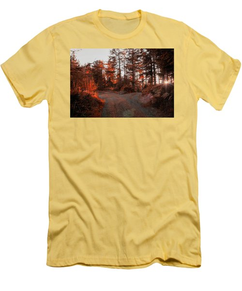 Choose The Road Less Travelled Men's T-Shirt (Athletic Fit)