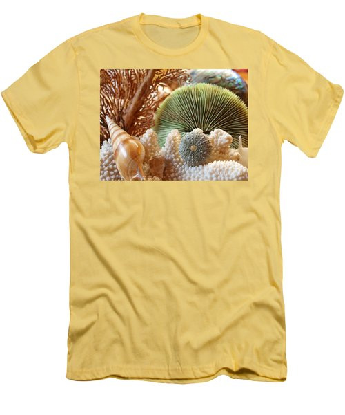 Coral And Shells Men's T-Shirt (Slim Fit)