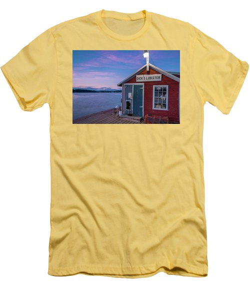 Men's T-Shirt (Slim Fit) featuring the photograph Dicks Lobsters - Crabs Shack In Maine by Ranjay Mitra