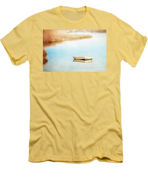 Dinghy In Eastham Men's T-Shirt (Athletic Fit)