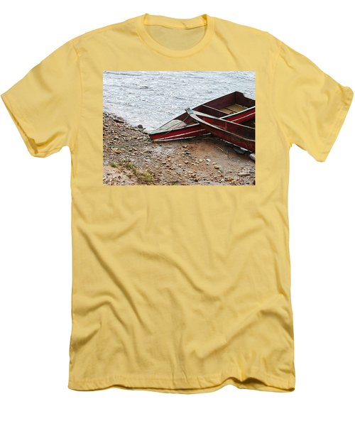Dos Barcos Men's T-Shirt (Slim Fit) by Kathy McClure