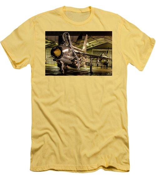 English Electric Lightning Qra Shed Men's T-Shirt (Slim Fit) by Ken Brannen