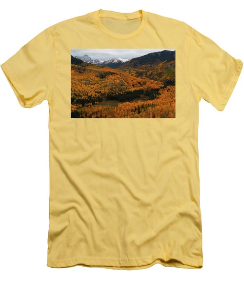 Fall On Full Display At Capitol Creek In Colorado Men's T-Shirt (Slim Fit) by Jetson Nguyen