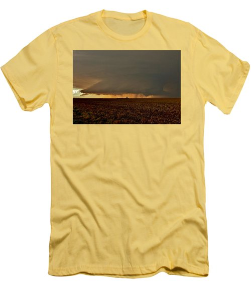 Men's T-Shirt (Athletic Fit) featuring the photograph Farmland Supercell by Ed Sweeney