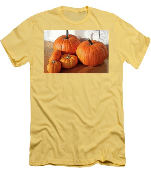 Five Pumpkins Men's T-Shirt (Athletic Fit)