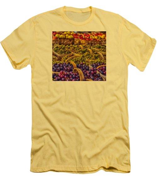 Grapes Galore Men's T-Shirt (Athletic Fit)
