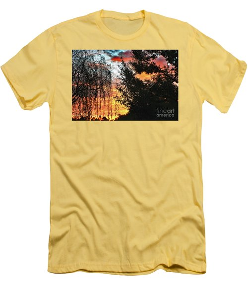 Halloween Sunrise 2015 Men's T-Shirt (Athletic Fit)