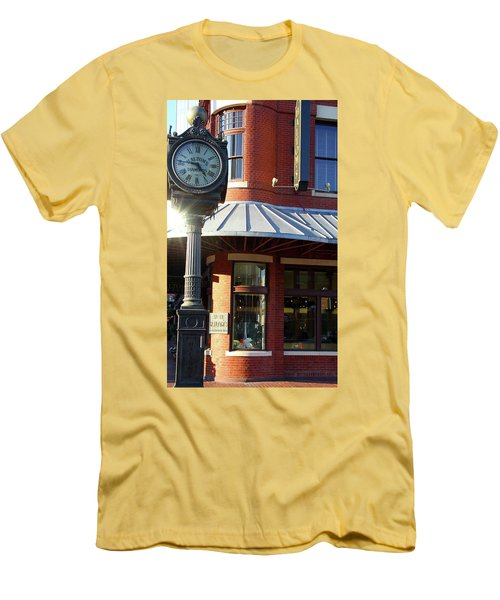 Haltoms Diamonds Clock Men's T-Shirt (Athletic Fit)