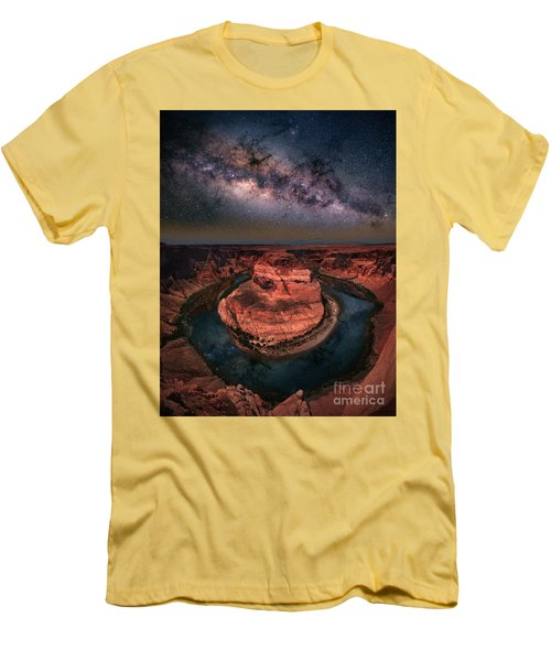 Horseshoe Bend With Milkyway Men's T-Shirt (Athletic Fit)