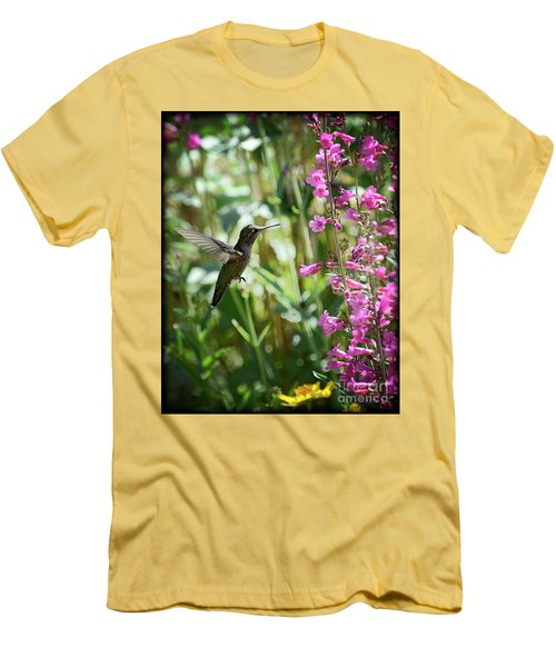 Hummingbird On Perry's Penstemon Men's T-Shirt (Athletic Fit)