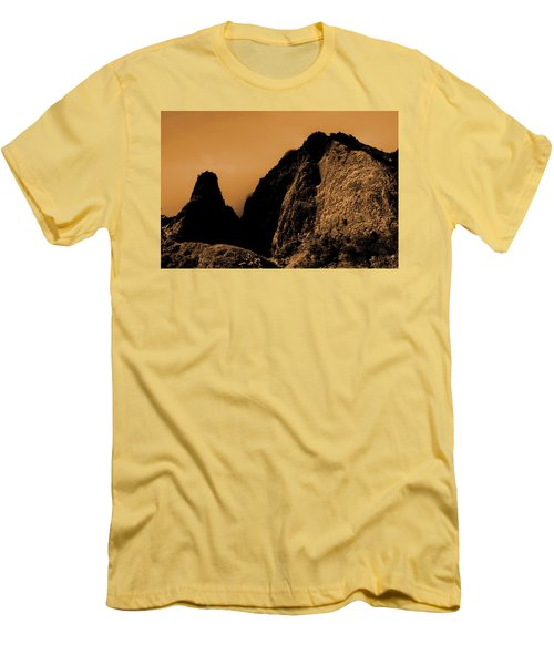 Iao Needle Silhouette Men's T-Shirt (Athletic Fit)